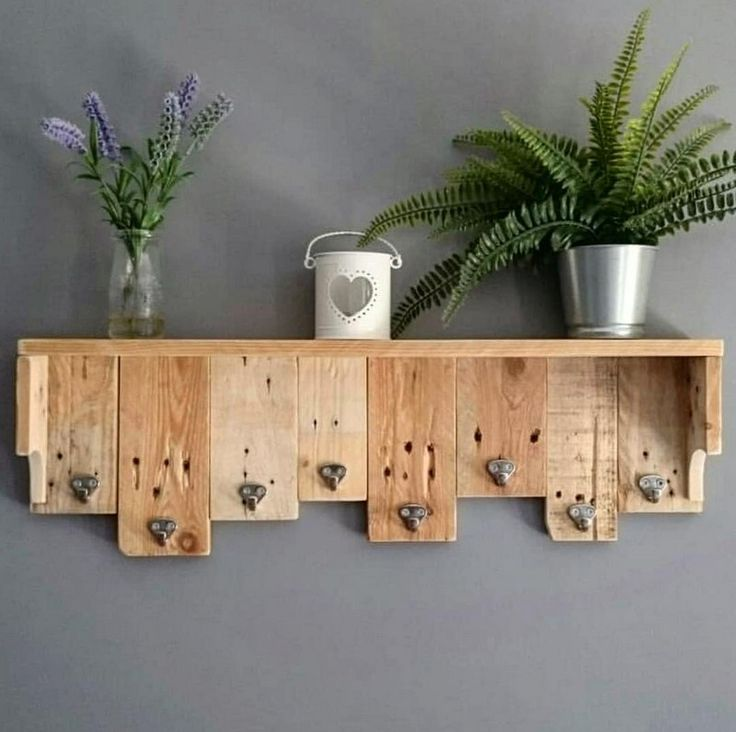 Creative Home Furnishing Out of Used Wood Pallets