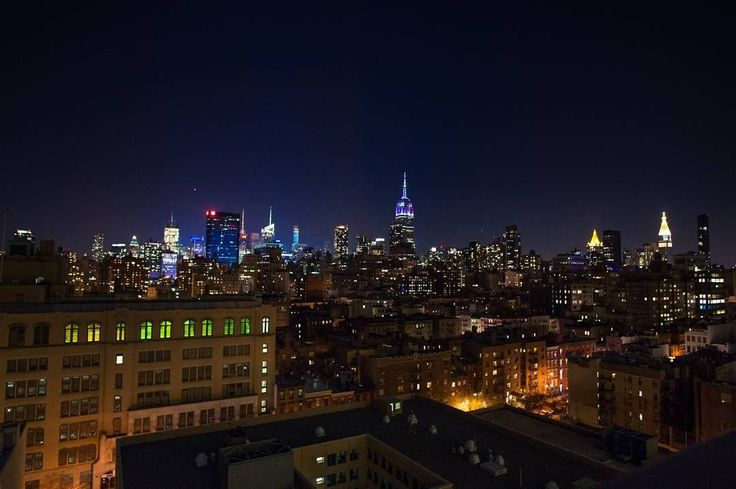 A pretty, pretty good view for New Year's Eve.  Last minute tickets remain at Dr... - https://bestrooftopbarsnyc.com/a-pretty-pretty-good-view-for-new-years-eve-last-minute-tickets-remain-at-dr/  Visit http://bestrooftopbarsnyc.com !!