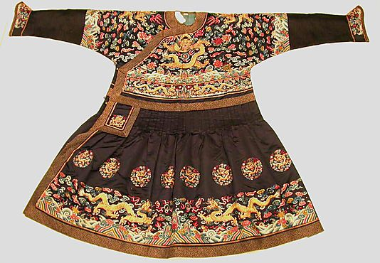 Man's Audience Robe (Chaofu)    Period:      Qing dynasty (1644–1911)  Date:      second half of the 19th century  Culture:      China  Medium:      Silk satin embroidered with silk and metallic thread  Dimensions:      84 x 58 in. (213.4 x 147.3 cm)  Classification:      Costumes-Embroidered  Credit Line:      Purchase, Joseph Pulitzer Bequest, 1935  Accession Number:      35.84.3