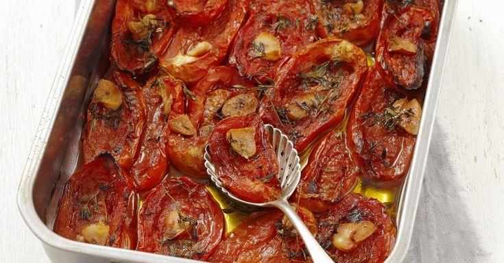 Tomaten mit Knoblauch im Ofen gebacken ist ein Rezept mit frischen Zutaten aus der Kategorie Fruchtgemüse. Probieren Sie dieses und weitere Rezepte von EAT SMARTER!
