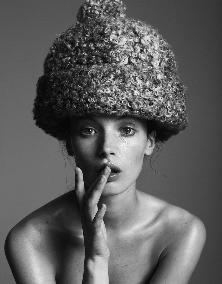 Christine Cowden Nude Photos 64