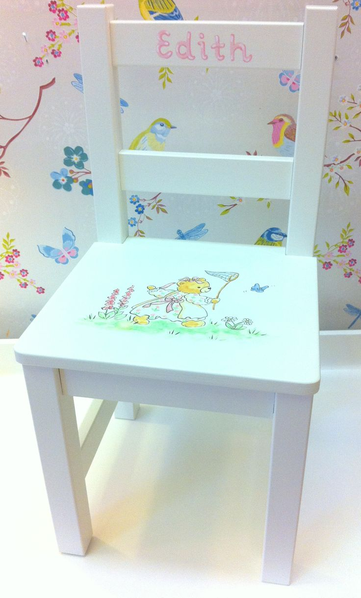 Kids chair with handpainted motif and name. Available in different colours and choice of motif.
