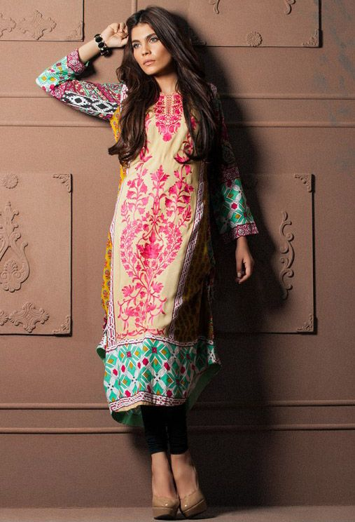 Buy Red/Green Embroidered Linen Kurti by Grape Affairs by Shariq Winter Collection