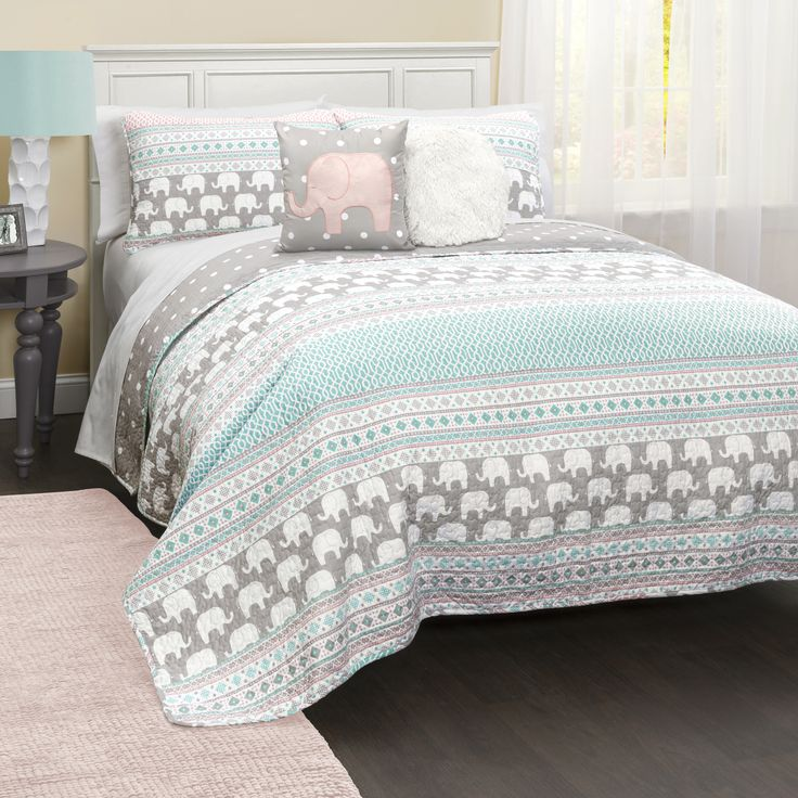 Perfect for your children from their pre-teens to their college years, this five-piece quilt set features a beautiful striped pattern with elephant motifs. This quilt set features a 100-percent polyes