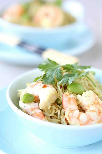 Curry Rice Vermicelli with Shrimp & Edamame: Curries Rice, Curries Recipes, Cookincanuck Com Pasta, Curry Rice, Edamame Recipes, Beans Recipes, Rice Vermicelli, Curry Recipes, Rice Noodles