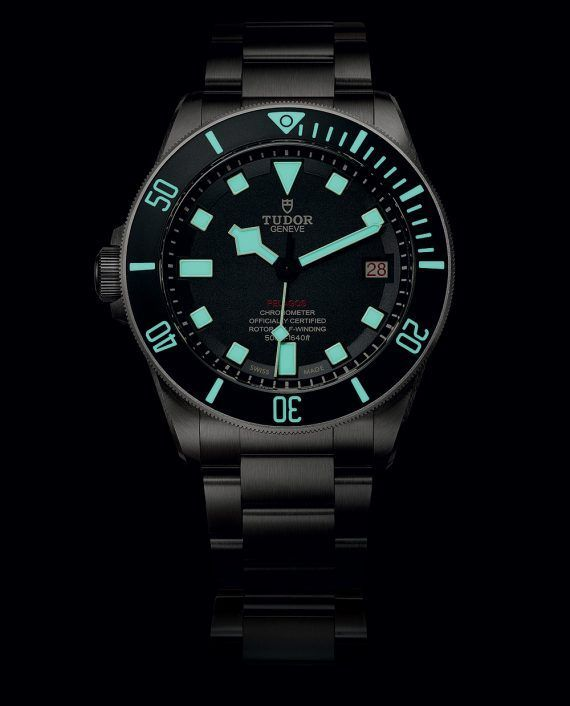 Tudor Pelagos LHD (Left Hand Drive) - this dive watch for left-handers features beige luminescent markers which glow bright blue in the dark.  More @ http://www.watchtime.com/wristwatch-industry-news/watches/tudor-pelagos-lhd-a-dive-watch-for-left-handers/ #tudorwatches #watchtime #divewatch #watchnerd