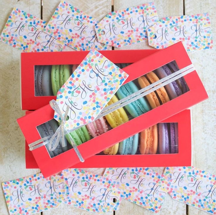 Macaroons using the Avery Gift Tags! Available from OfficeWorks! #AveryMerryXmas #CelebrateWithAvery #MacaroonIdeas #PackagingIdeas #Labels