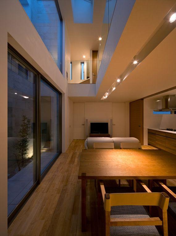 ダイニングルーム / Diningroom