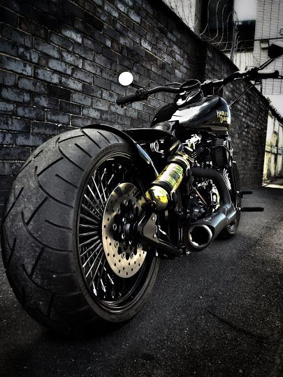 Kings Road Customs - I absolutely love this bike!!