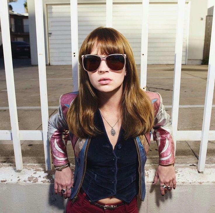 GIRLBOSS: Série estrelada por Britt Robertson na NETFLIX ganha primeiro teaser -