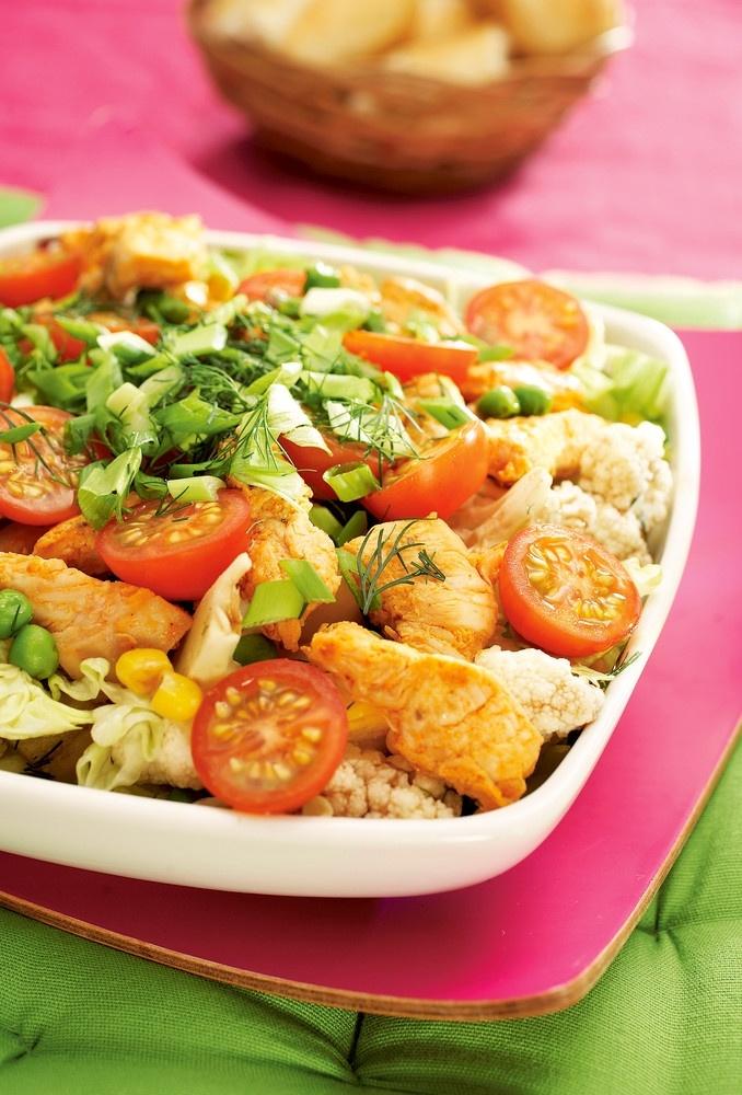 Broileri-vihannessalaatti | Salaatit | Pirkka #food #salads