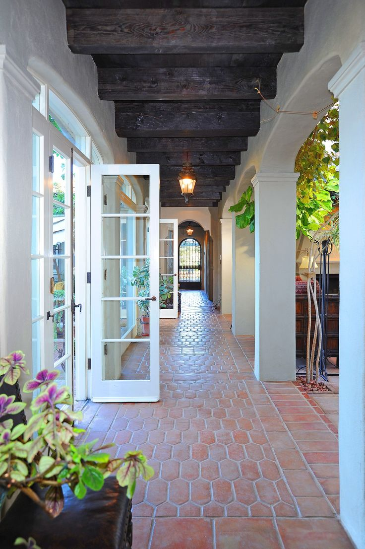 Stunning Spanish Revival is SoCal living at its finest for $17.9M - Curbed
