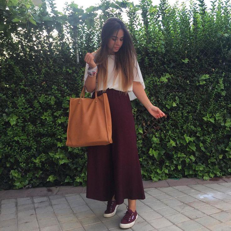 """119 curtidas, 3 comentários - Patricia Soler  (@patri_sch) no Instagram: """"Good morning ☀️ #ootd #new #pants #culotte #superga #escada #bag #zara #madrid #outfit #blogger…"""""""