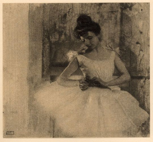 """""""Dans les coulisses"""" - Robert Demachy, 1906 #Photographie #Pictorialisme"""