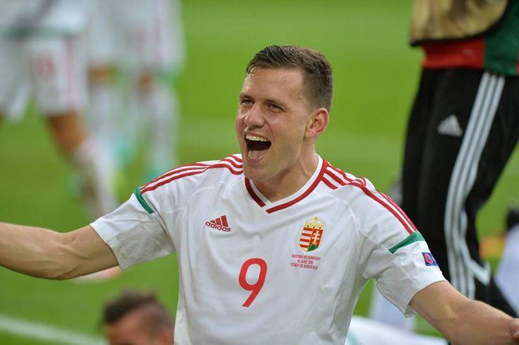 A magyar labdarúgó-válogatott Szalai Ádám és Stieber Zoltán góljával 2–0-ra legyőzte Ausztriát az Európa-bajnokság kedd kora esti bordeaux-i mérkőzésén!