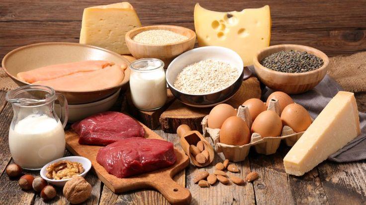 Eiweißreiche Kost am Abend steigert den Fettabbau über Nacht und ist somit eine effiziente Methode für die Ernährungsumstellung und Abnehmerfolge.