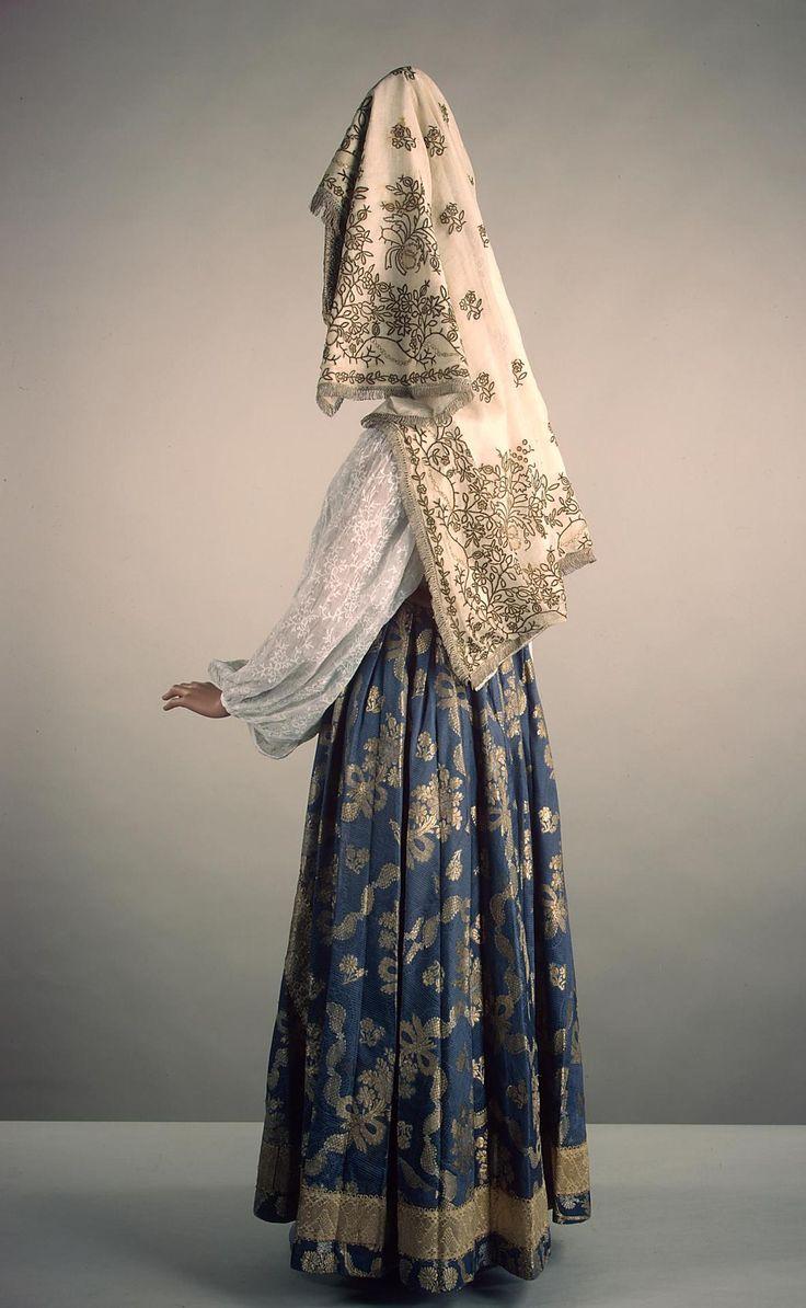 Festive Costume | Russia; upper reaches of the Volga | 19th century | silk, brocade, muslin, galloon, beads | Hermitage | Inventory #: ЭРТ-17231