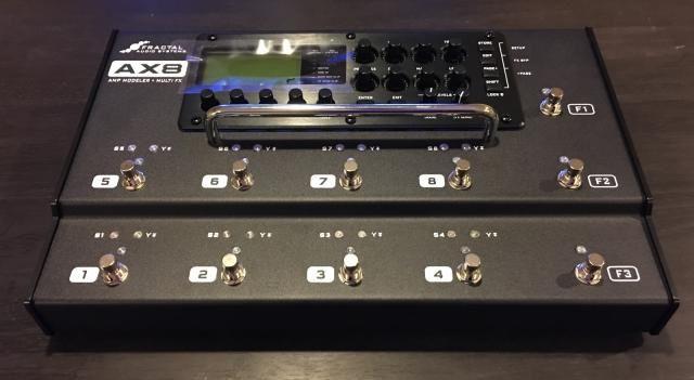 Fractal Audio  Amp Modeler / Multi Effects Processor Floorboard (Axe FX)