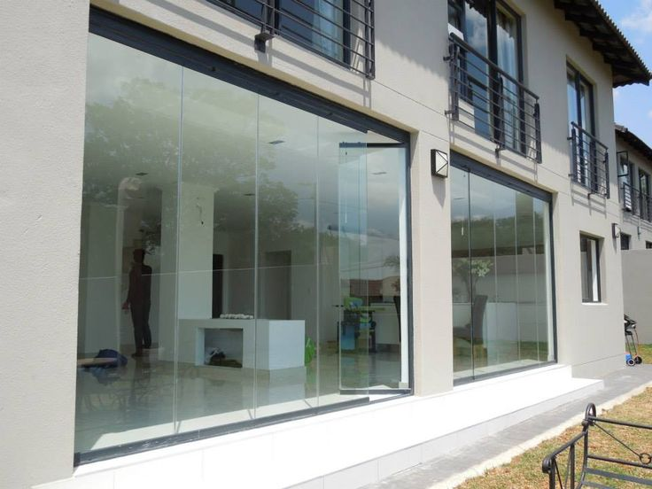 @sunflexsa Our beautiful frameless glass sliding doors are perfect for any home.