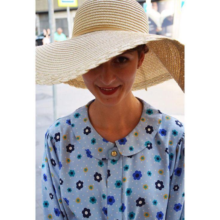 🌼 Be pretty! 🌼   Pretty woman vintage style blouse with straw hat   #streetstyle #streetfashion #szputnyik #szputnyikshop #budapest