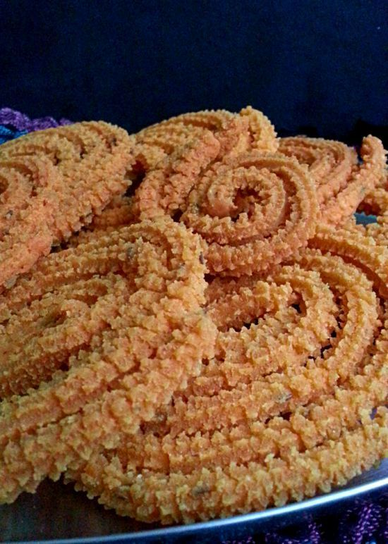 Butter Murukku is prepared by mixing Gram Flour and rice flour in defined Quantities and then mixed with butter and spices and fried in oil