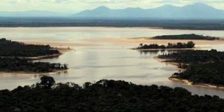 Taman Nasional Danau Sentarum Destinasi Wisata Menarik Kalimantan Barat