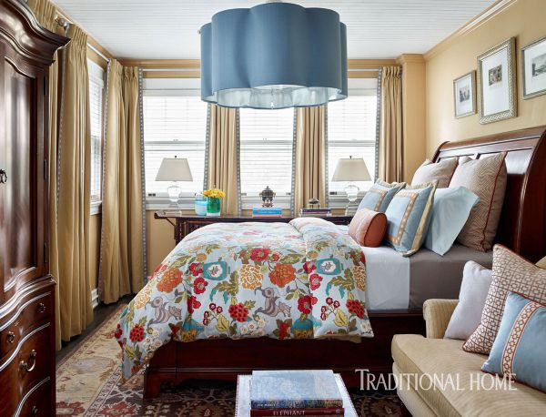 488 best images about beautiful bedrooms on pinterest for Beautiful traditional bedroom ideas
