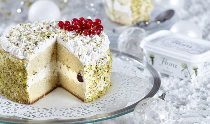 Απολαυστική βασιλόπιτα τούρτα με λευκή σοκολάτα.