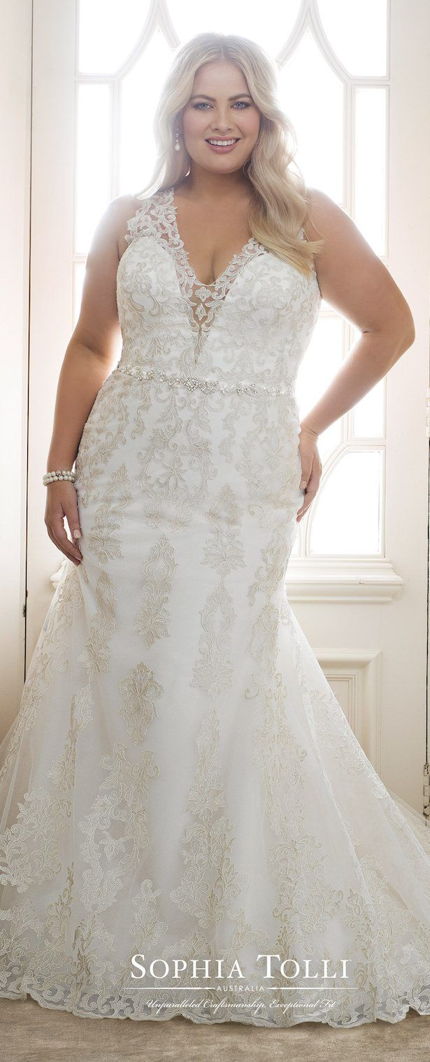 Plus Size Perfection From Sophia Tolli Belle The Magazine Plus Size Wedding Gowns Bridesmaid Dresses Wedding Dresses Plus Size [ 1516 x 615 Pixel ]