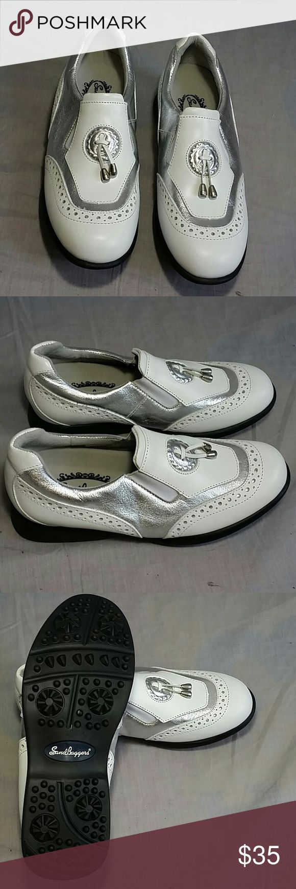 Women's Sand Baggers Golf Shoes 6.5 M Leather Slip-on Silver/White, item it's just like NEW, NO PETS AND SMOKE FREE HOME. Sand Baggers  Shoes Athletic Shoes