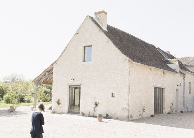 Septembre converts old French farmhouse into holiday home