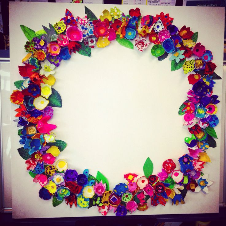 An egg carton wreath, done on canvas by my year 4 students for our school art auction.