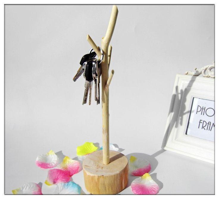 Ucuz Basit yaşam Yaratıcı vintage ev dekorasyonu ahşap tekne kuru dallar ahşap takı raf aksesuarları ev dekorasyon, Satın Kalite ahşap el sanatları doğrudan Çin Tedarikçilerden: Simple life Wall natural wood stumps artificial flowers home decoration wedding decorationUSD 16.95/pieceSimple life Han