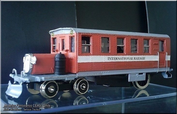 https://flic.kr/p/FAQkkw | Railbus //  Buscarril, Góndola-carril | Freelance version of  Yellow Coach Rail-bus model with Cumming diesel motor, 1925. Motorized  &  lighted  kitbashing scale model. -- Ficha Técnica Modelismo #13385-4019 Modelos Ferroviarios CEAC - Chile