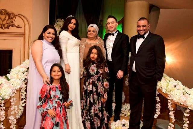 شيرين عبد الوهاب تنشر صور ا من حفل زفافها علي حسام حبيب صور