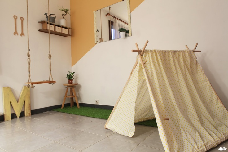 adult playroom / useful breakfast nookLg Games, Breakfast Nooks, Pretty Inside, Adult Playrooms, Happy Places, L Atelier 1 3