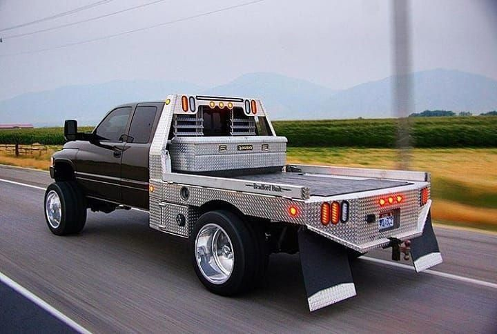 Custom Big Trucks Customtrucks In 2020 Custom Trucks Truck Flatbeds Flatbed Truck Beds