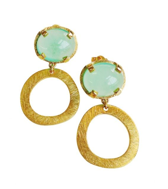 Beautiful!!!!  ze898g - Set stone with Larissa shape earring - R3180