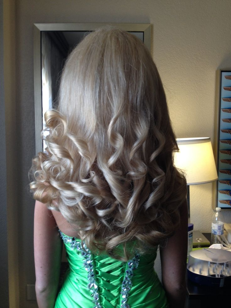 Best 25+ Big pageant hair ideas on Pinterest   Bombshell ...