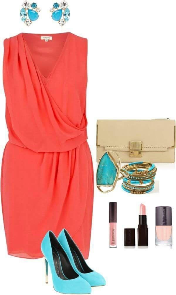 Vestido color damasco con zapatos calipso