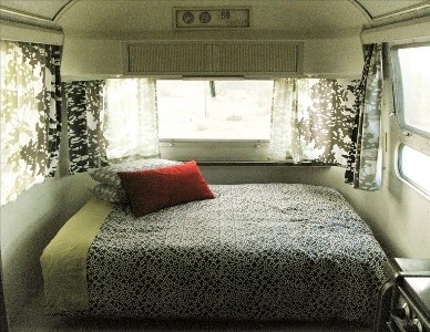 airstream bedroom and curtains: Airstreamdream