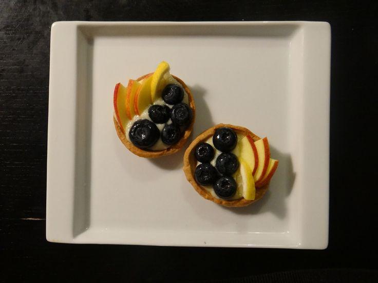 Crostatine alla frutta: http://alincucina.blogspot.it/2015/10/merenda-in-compagnia.html