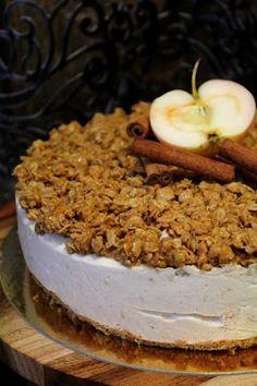Kakkuviikarin vispailuja!: Omena-kaneli juustokakku