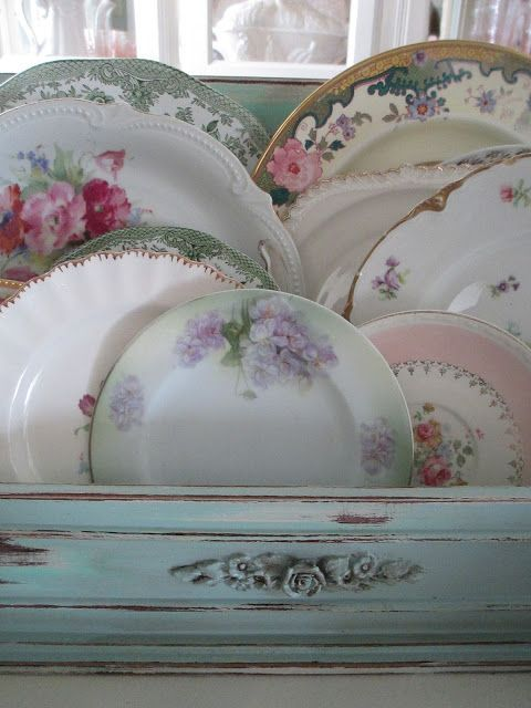 Shabby Chic ~ what a beautiful box of random china pieces. Looks lovely with the chalkware box <3