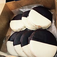 Black and white cookie - Wikipedia, the free encyclopedia