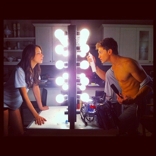 Troian Bellisario (Spencer) & Keegan Allen (Toby) - Pretty Little Liars