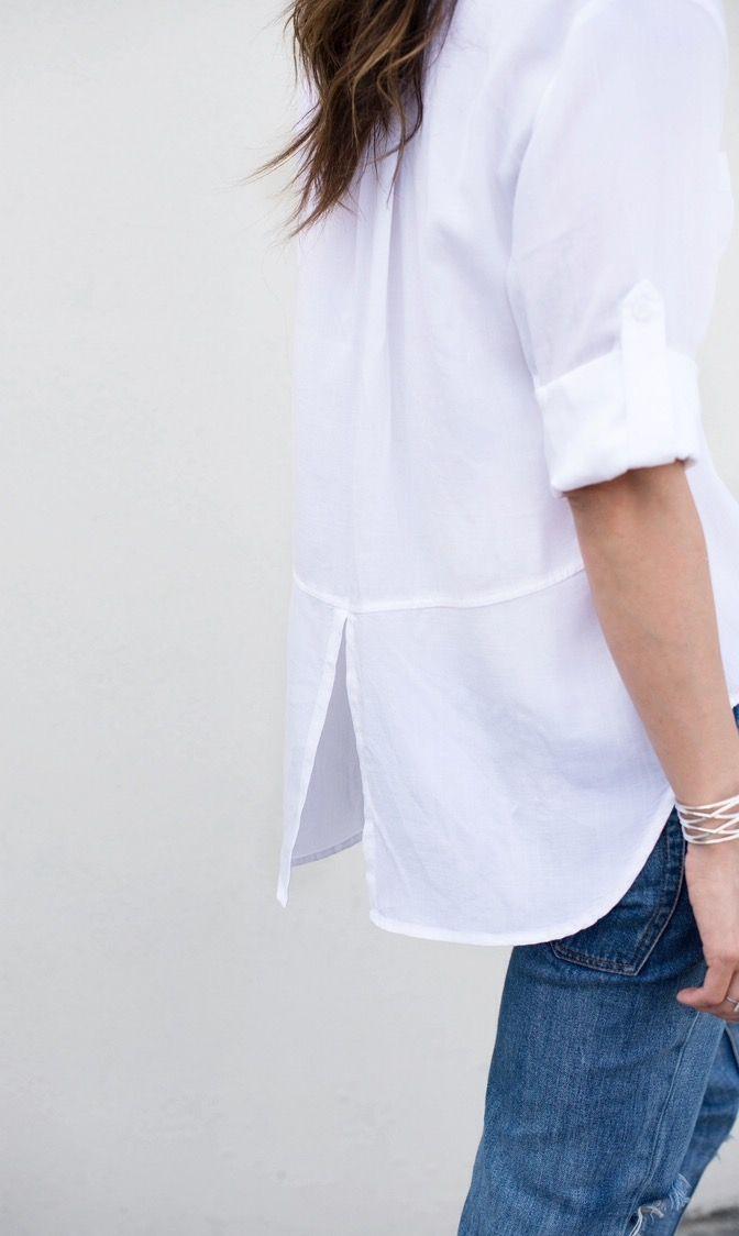 Las camisas blancas, básico de verano -> http://chezagnes.blogspot.com/2016/06/white-shirt-ss16.html #shirt #camisa #white #blanco