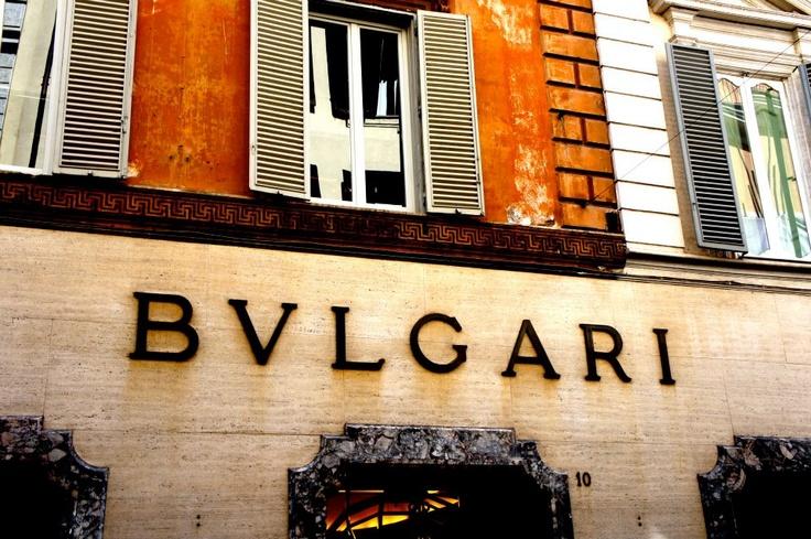 5 things to do in Rome   #3 Shopping via Condotti