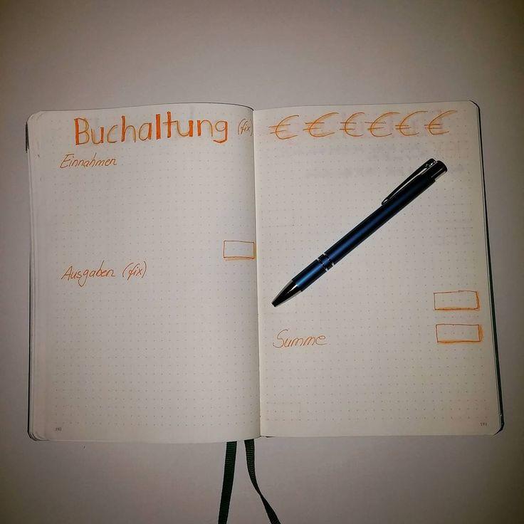 """Hier mal mein Beispiel für die Buchhaltung - also...für die Menschen unter uns, die es so wie ich gerne """"oldschool""""- auf dem Papier machen 😄 Dasselbe gibt es dann noch für die variablen Ein- und Ausgaben je Monat.  #bujocommunity #bujojunkies #bujo #bujolove #germanbulletjournal #bulletjournallove #bulletjournal #bulletjournaling #leuchtturm1917 #buchhaltung #accounting #einnahmenausgabenrechnung"""