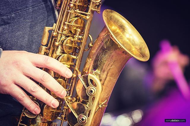 Saxo! The funny thing is that my name is on it 🎷😁 #saxophone #sax #music #artist #gold #remy #instrument #business #events #photography #photographer